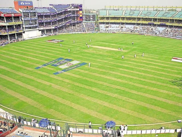 With the future of the India-Sri Lanka T20, scheduled at Kotla on February 12, hanging in the balance, the DDCA has turned to Lieutenant Governer Najeeb Jung and Urban Development Minister Venkaiah Naidu for help.(Virendra Singh Gosain/HT Photo)