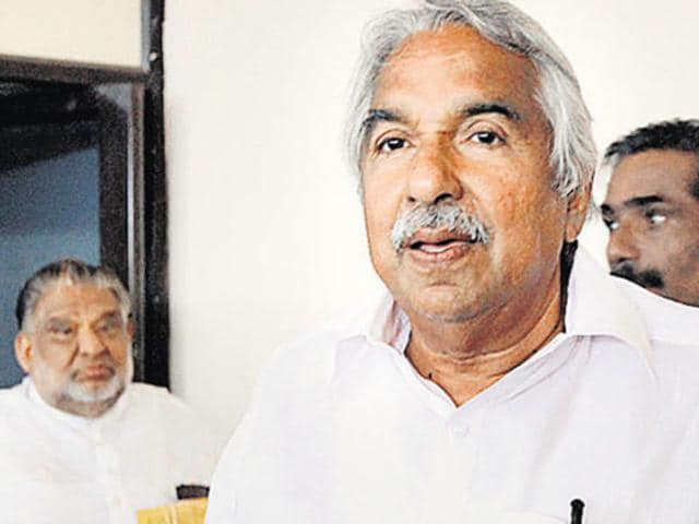 Oommen Chandy,Congress,BJP