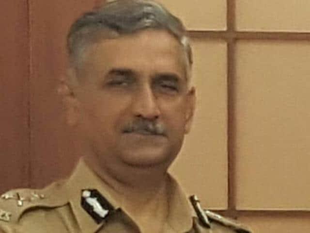 Mumbai,Datta Padsalgikar,Ahmad Javed