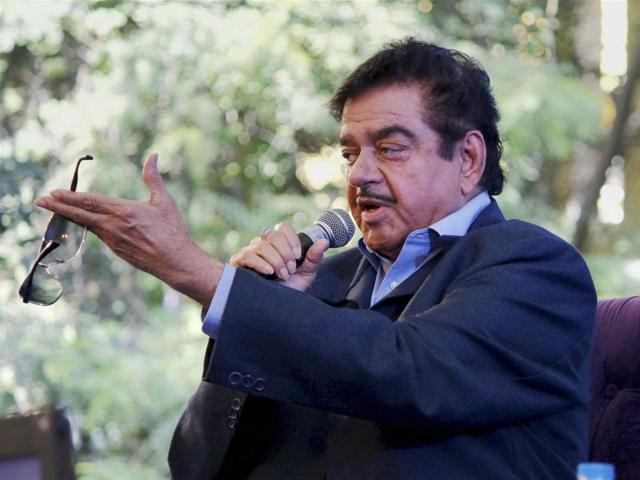"""BJP MP Shatrughan Sinha, who has been at variance with the party leadership over a host of issues, questioned the government's """"hurry and worry"""" when the matter was being heard by the apex court."""