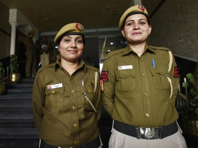 Head constable Jaswini (right) and constable Pooja of the Adarsh Nagar police station in New Delhi on Friday. They will be recommended to commissioner BS Bassi for suitable rewards.