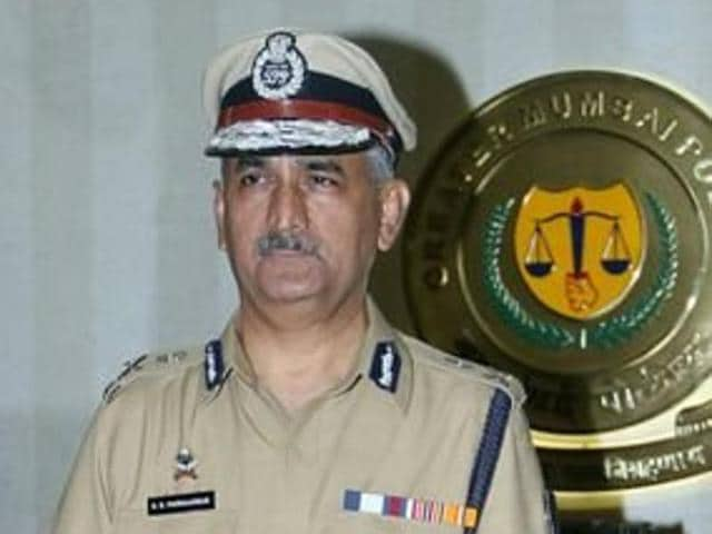 Dattatray Padsalgikar took charge as the new commissioner of Mumbai Police on Sunday