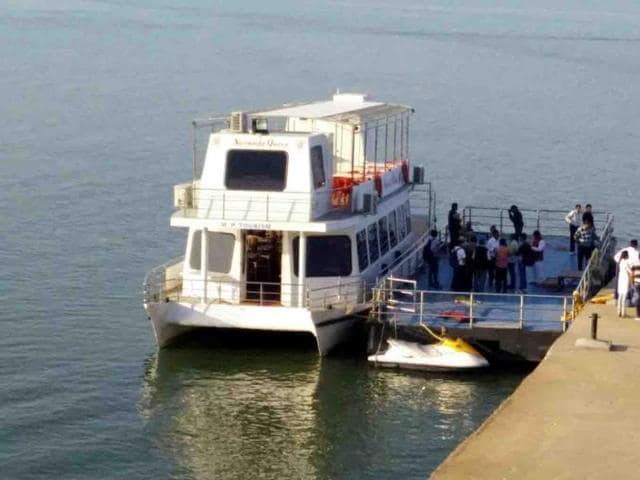 Cruise in Hanumantiya island where the state cabinet meeting will take place on February 2.