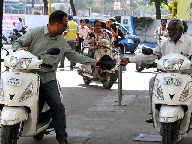 Petrol pump owners have been directed not to give petrol to helmetless two-wheeler riders from Saturday.