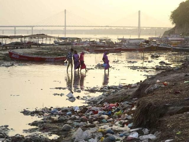 Banks of River Ganga filled with garbage after devotees left the sacred river polluted during the Kumbh Mela festival in Allahabad. (Sheeraz Rizvi/HT File)