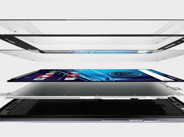 Motorola's Moto X Force with ShatterShield display will be launched today in India, get a glimpse of how the mechanism works.