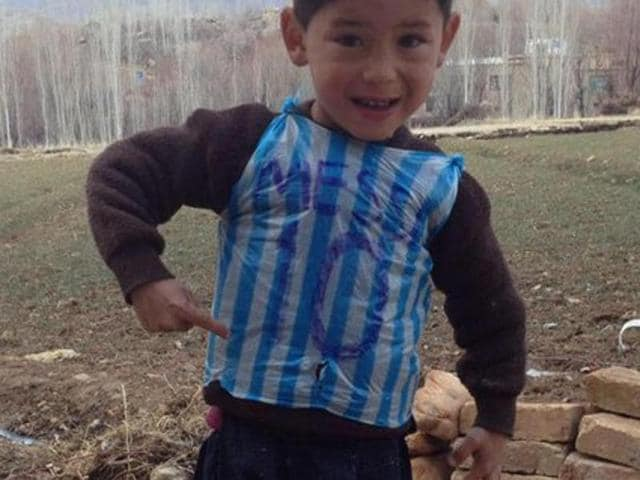 3a2532cfb0b Lionel Messi,Messi No 10 Argentina jersey,Afghan kid wearing Messi jersey