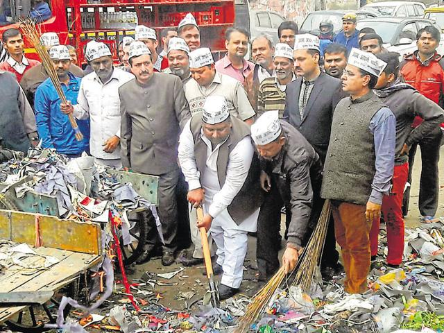 Water and tourism minister of Delhi, Kapil Mishra led garbage cleaning drives in his respective constituency near Khajuri in Delhi on Sunday.