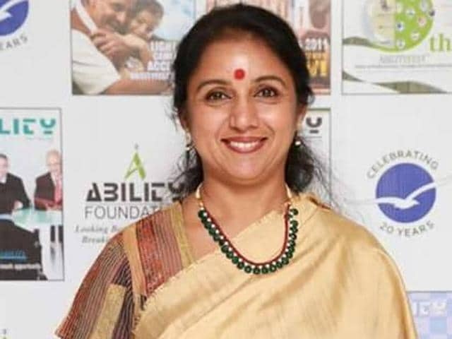 Leading lady of Tamil cinema in the '80s and the '90s, Revathy, also directed films like Mitr, My Friend and Phir Milenge.