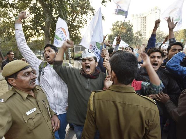Cop brutality on students outside RSS office triggers political furore