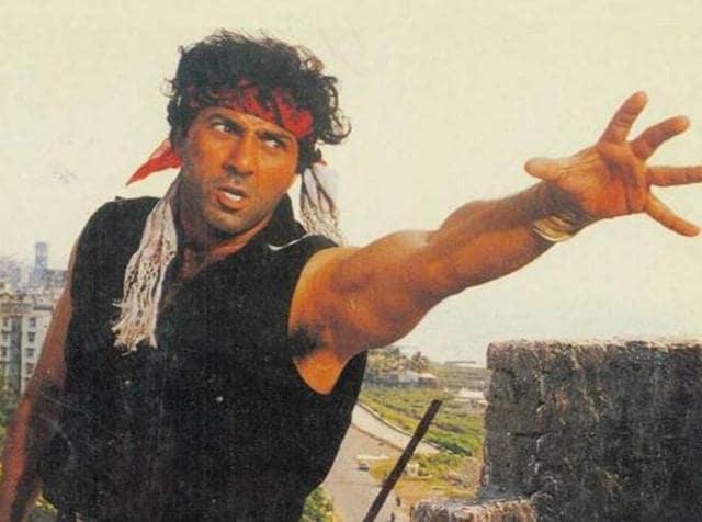 Sunny Deol's 'dhai kilo ka haath' is now a legend in Bollywood. (YouTube)