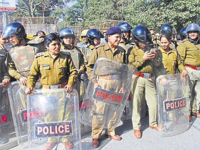 Women sub-inspectors constitute barely 10% of the civil police force, a figure which will go up to 20% after recruitment proposal.