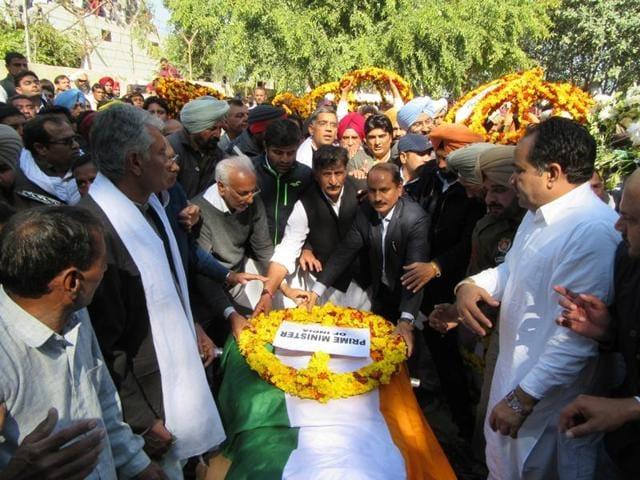 Former Lok Sabha speaker Balram Jakhar was cremated at his native village, Panjkosi, in Abohar, on Thursday.