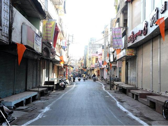 Shops and other business establishments remained closed till afternoon in Dhar on Thursday.