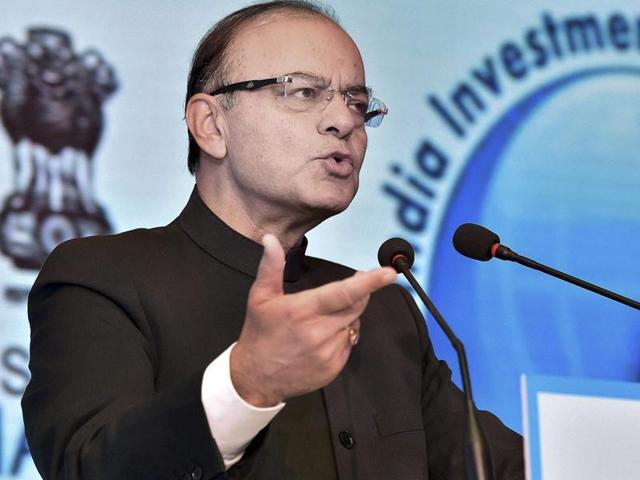 Fin min Jaitley woos sovereign funds to invest in infra, railways