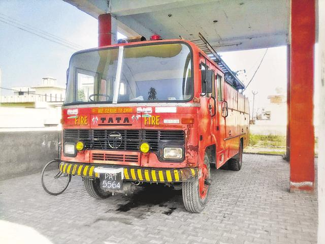 staff shortage,Sangrur fire department,nagar panchayats