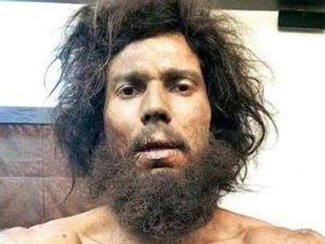 Randeep Hooda in a surprisingly different look for Sarabjit.