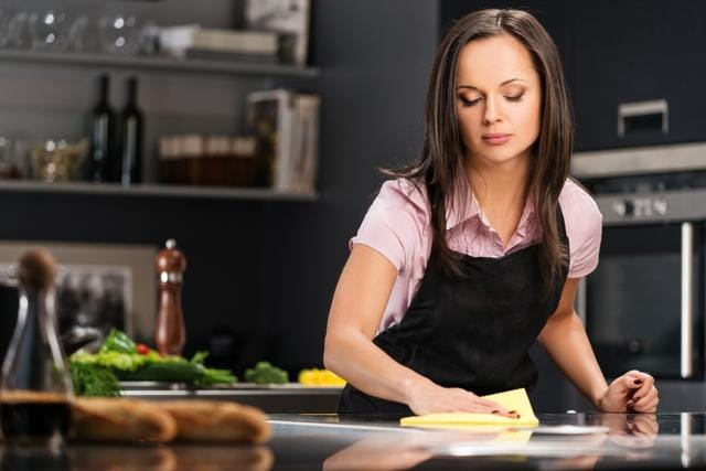 When stressed out females were asked to wait in a messy kitchen -- with newspapers on the table, dishes in the sink, and the phone ringing -- they ate twice as many cookies.
