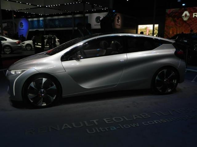 Renault has one of the most stylish concept car of them all. The Renault Eolab is a full size plug-in hybrid hatchback capable of running as much as 100 km with just one litre of fuel. (Gulshankumar Wankar/ HT Photo)