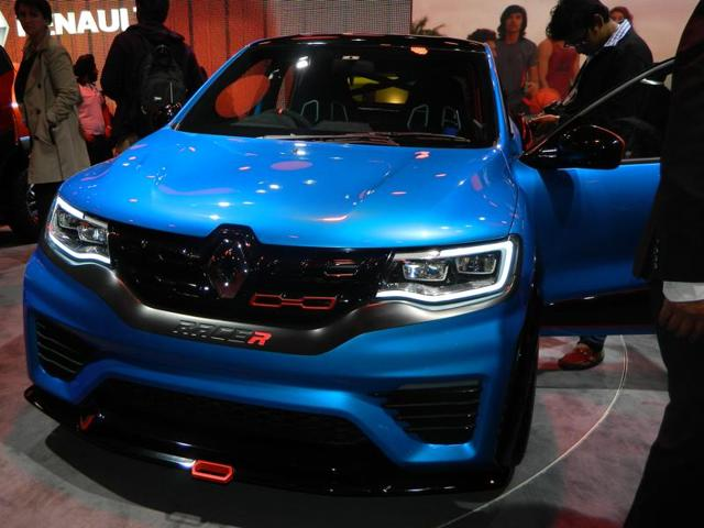 Renault seems to have known now what suits Indian market. After happying many people with the mini-SUV Kwid, Renault launched two concepts, one of which was the Renault Racer. (Gulshankumar Wankar/HT Photo)