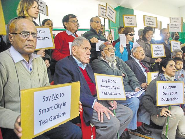Citizens released the Dehradun Declaration at Gandhi Park to demand the cancellation of a smart city on tea gardens, on Friday.