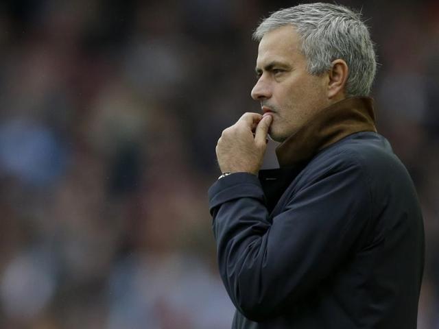 English Premier League,Jose Mourinho,Louis van Gaal