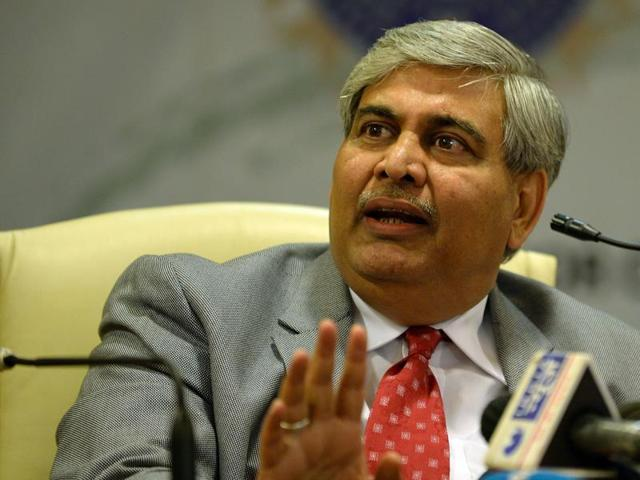 BCCI President Shashank Manohar attended a meeting of the Board's legal panel, where it was decided to convene a Special General Meeting to decide on a response to the Supreme Court's directive to implement the Lodha report in full.