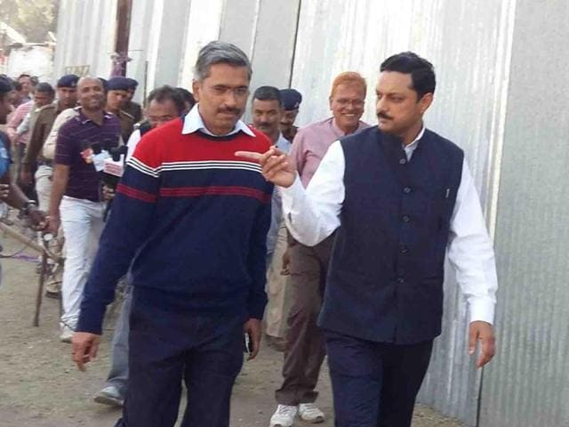 Indore divission commissioner Sanjay Dube and inspector general Vipin Maheswari inspect Bhojshala in Dhar.