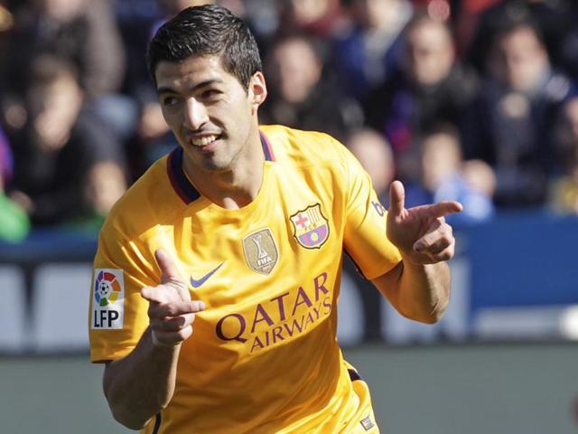 La Liga: Barcelona beat Levante 2-0, equal club's unbeaten record