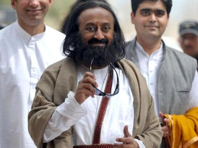 Attempts by Sri Sri Ravi Shankar to mediate between the trustees of Shani Shingnapur temple and activists over the bar on women's entry at the shrine failed to make any headway.