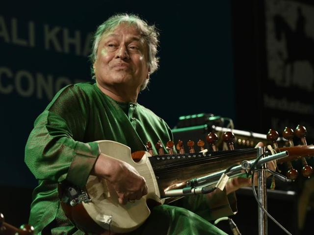 Ustad Amjad Ali Khan and his sons Ayaan and Amaan perform at Cross Maidan on Sunday evening.