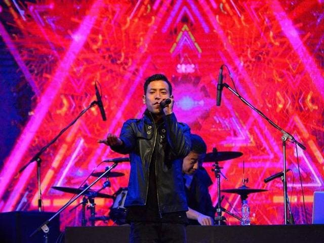 A Delhi University alumnus, Borkung Hrangkhawl is the son of Bijoy Kumar Hrangkhawl, president of the Indigenous Nationalist Party of Tripura. Borkung performs at Rongali Festival 2016 in Guwahati.