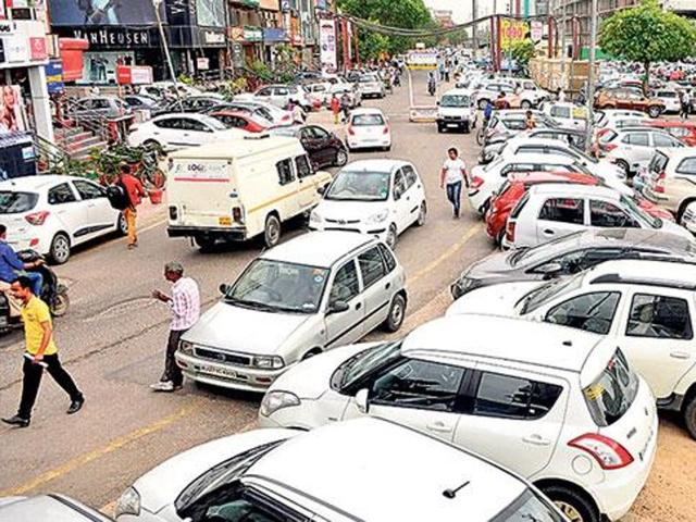 MC fails to auction 12 parking lots; losses mount to Rs 3 crore