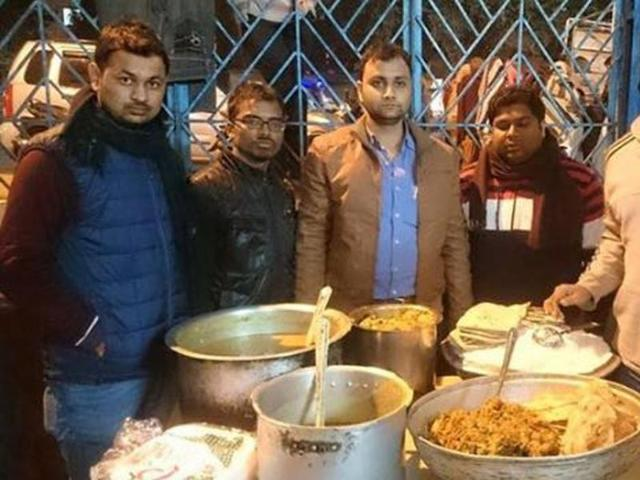 Bhopal: MANIT students collect leftovers to feed the needy