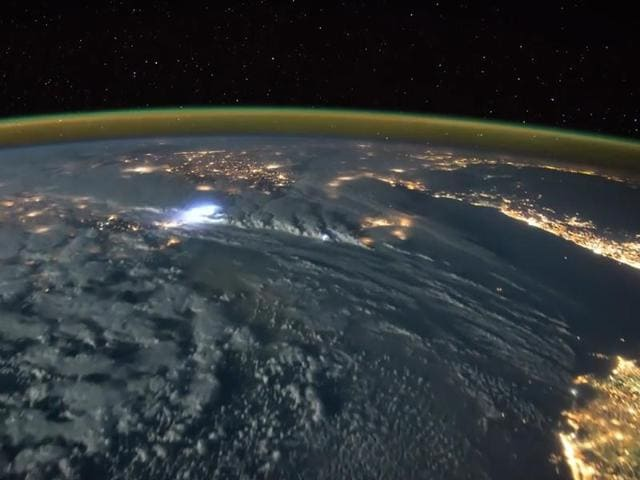 lightning from space,Tim Peake,astronaut