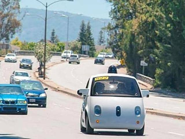 US vehicle safety regulators have said the artificial intelligence (AI) system piloting a self-driving Google car could be considered the driver under federal law