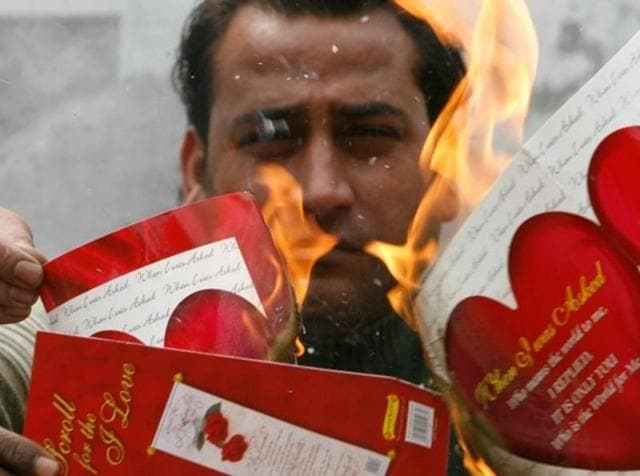 Down with love: A file picture of a protest against Valentine's Day celebration in Punjab.(Twitter)