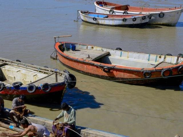 The fishermen, all hailing from Tamil Nadu, were arrested on Wednesday night while poaching in Sri Lankan waters.
