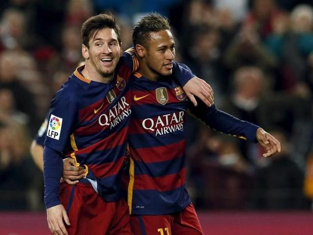Barcelona sets club record of 29 straight games without loss