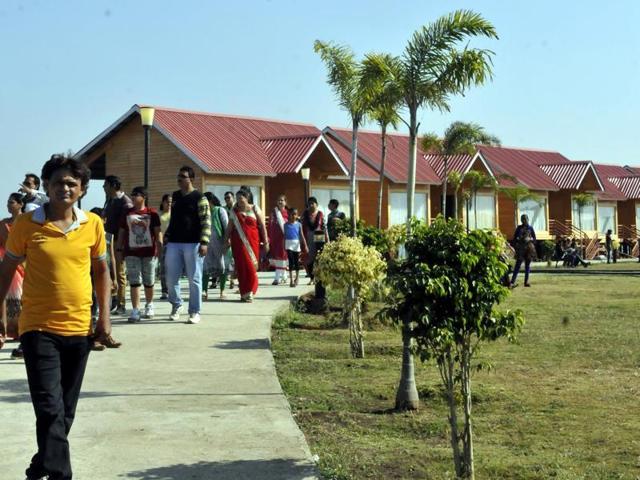 The Indira Sagar Sports Complex near Hanumantia village at Indira Sagar Dam is all set to host the maiden Jal Mahotsav from Friday.