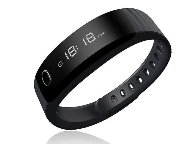 Intex FitRist is the company's first fitness wearable launched in India. Compatible with both iOS as well as Android devices