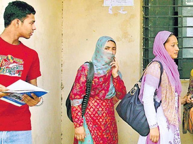AIPMT,Burqa ban,Exam