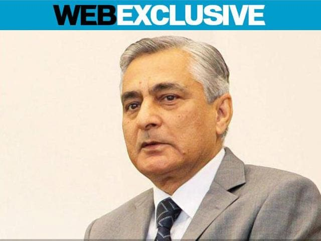Chief Justice of India, TS Thakur, is attempting to fill 400 posts across the country's 24 high courts that have been vacant for over a year.