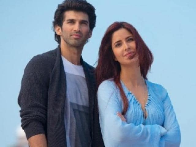 Noor's (Aditya Roy kapur) stupidity makes you detest him but his haunting looks and hopeless-yet-passionate love melts your heart.