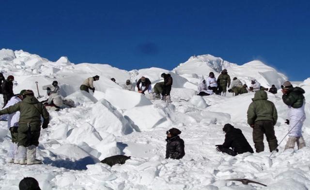 siachen glacier,indian army,manohar parrikar