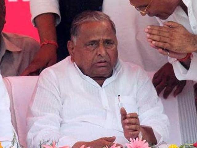 Samajwadi Party leader Mulayam Singh Yadav and national general secretary Ram Gopal Yadav revoked the suspension of five party MLAs.