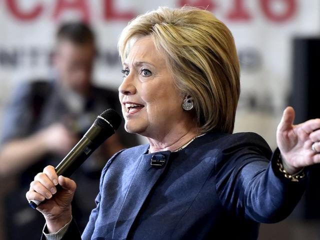 Hillary Clinton,Super Tuesday primaries,FBI