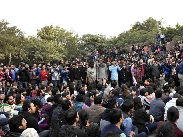 Rahul Gandhi joins the ongoing protest of students over the release of Student Union president Kanhaiya Kumar . Delhi Police have launched a series of raids across the country to search for 10 students in connection with the sedition charges.