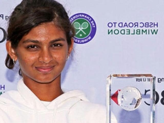 Mahak has emerged champion in the second edition of Rendez-vous a Roland- Garros by defeating Humera Shaikh 6-2, 6-3 in straight sets.