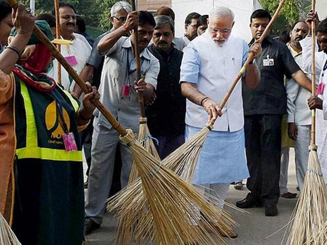 swachh bharat,narendra modi,naidu